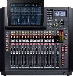 Roland M200i 1
